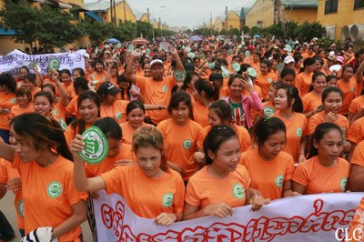 Cambodian workers take to the streets to demand US$177