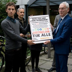 Berlin activists hand over call to action.