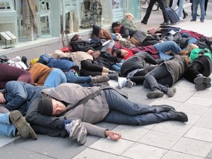 Mass fainting outside H&M's HQ in Stockholm