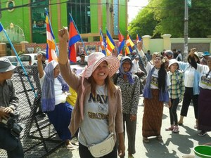 News flash: Cambodian trial continues tomorrow