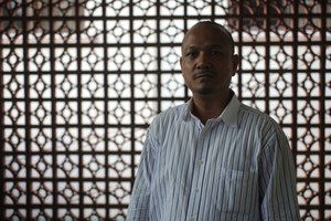 Global chorus of support grows for persecuted Cambodian human rights defender Tola Moeun